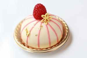 幸せのランタンケーキ